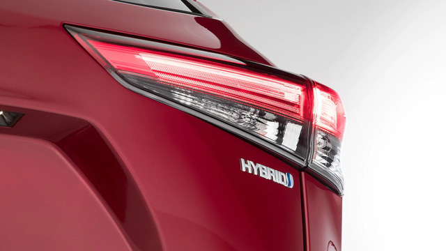 Những điểm nhấn khó bỏ qua trên Toyota Highlander mới vừa ra mắt mà Ford Explorer cần dè chừng - Ảnh 4.