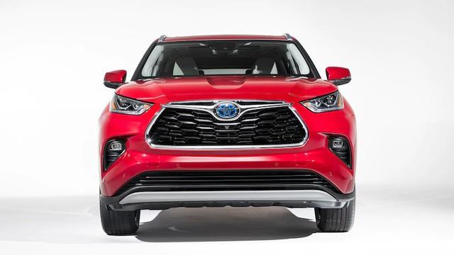 Toyota mở rộng đội hình xe lớn nhất lịch sử: Ra mắt 12 xe mới trong 3 năm tới nhưng điều đáng tiếc thuộc về Land Cruiser - Ảnh 1.