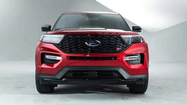Mua xe nào sắp về Việt Nam: Ford Explorer 2020 hay Toyota Highlander 2020? - Ảnh 1.
