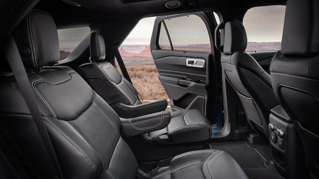 Mua xe nào sắp về Việt Nam: Ford Explorer 2020 hay Toyota Highlander 2020? - Ảnh 8.