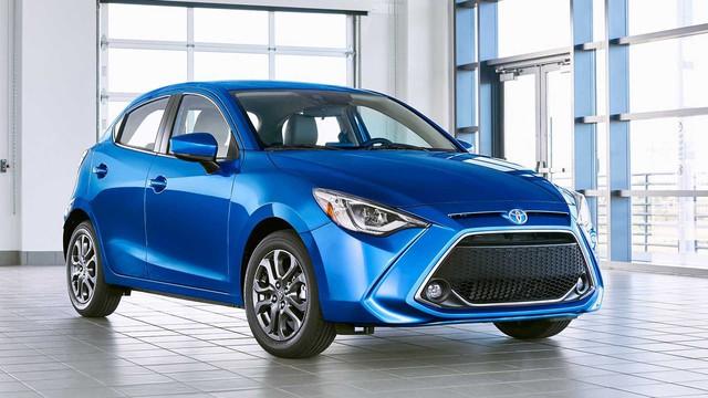 Toyota Yaris Hatchback 2020 chuẩn bị trình làng, sử dụng khung gầm Mazda2 để đấu Honda Jazz - Ảnh 1.