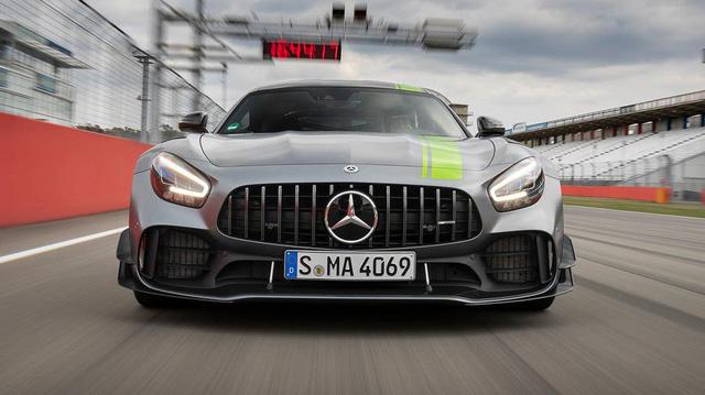 Mercedes-AMG GT Black Series: Xe Mercedes nhanh nhất, mạnh nhất chuẩn bị trình làng