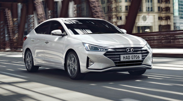 Hyundai Elantra 2019 ra mắt tại nước láng giềng, bỏ phiên bản Sport, sắp xuất hiện tại Việt Nam - Ảnh 1.