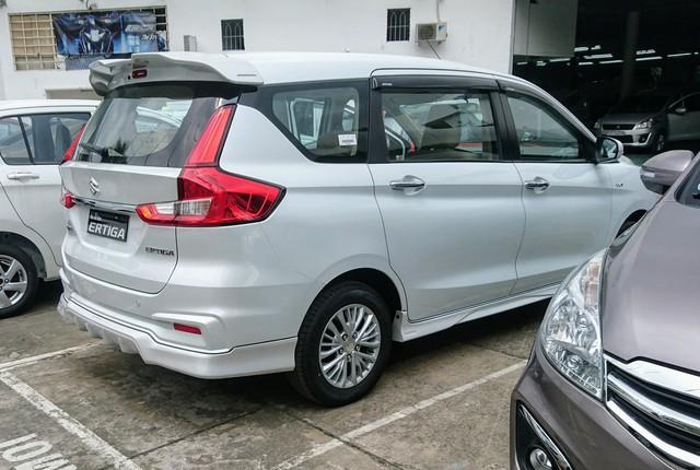 Suzuki Ertiga 2019 đã về tới đại lý: Giá từ 499 triệu đồng, bị cắt nhiều trang bị? - Ảnh 3.