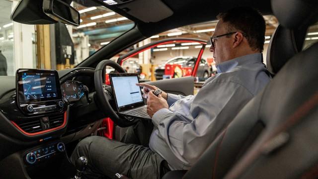 Chìa khóa thông minh liên tục bị trộm hack được và đây là cách chữa cháy của Ford - Ảnh 2.