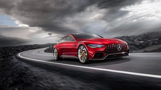 Mercedes-AMG chuẩn bị nâng cấp toàn bộ đội hình, hybrid hóa 100% từ 2021 - Ảnh 1.
