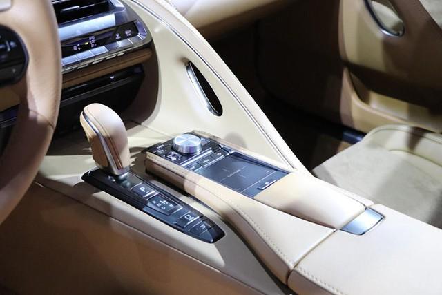 Bị chê nội thất đội sổ làng xe sang, Lexus quyết làm điều này để xóa sổ tiếng xấu - Ảnh 3.