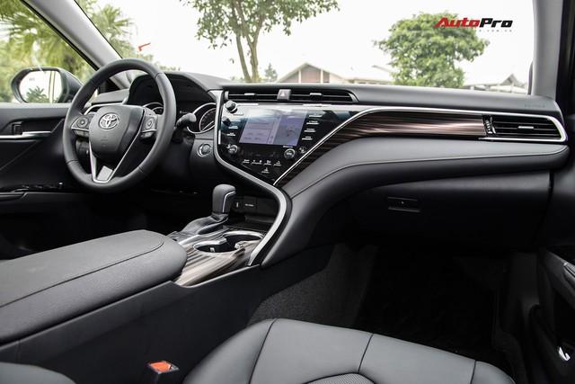Toyota Camry 2019 và những thử nghiệm lần đầu tại Việt Nam - Ảnh 7.