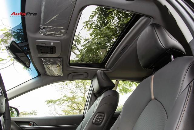 Toyota Camry 2019 và những thử nghiệm lần đầu tại Việt Nam - Ảnh 10.