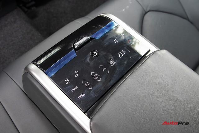Toyota Camry 2019 và những thử nghiệm lần đầu tại Việt Nam - Ảnh 8.