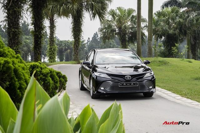 Toyota Camry 2019 và những thử nghiệm lần đầu tại Việt Nam - Ảnh 1.