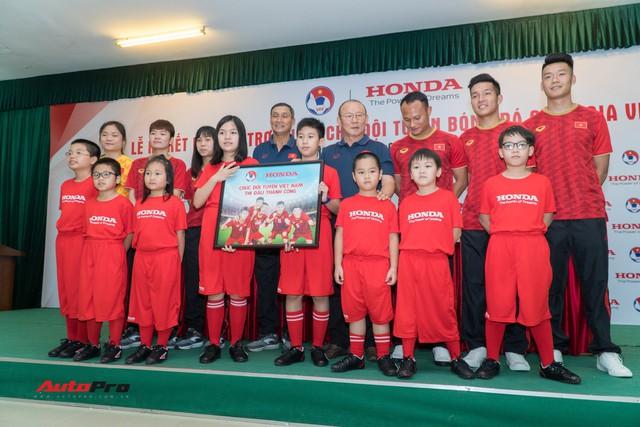 Honda Việt Nam tiếp tục tài trợ chính cho các đội tuyển bóng đá quốc gia - Ảnh 2.