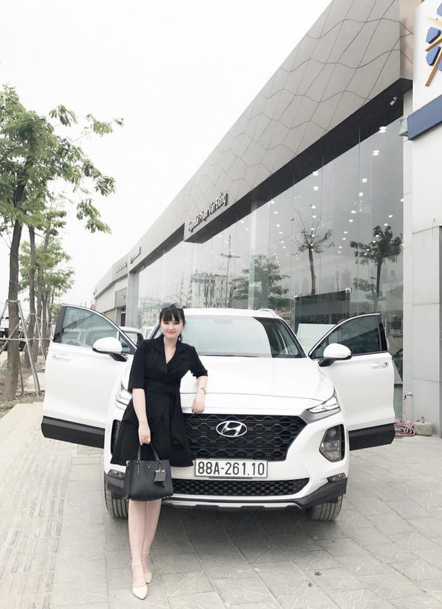 27 tuổi đã có công ty riêng, mẹ nuôi 9X của em bé Lào Cai tậu được cả Hyundai Santa Fe tiền tỷ khiến bao người trầm trồ - Ảnh 1.