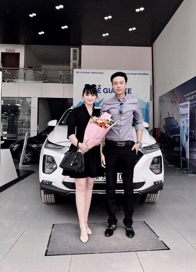 27 tuổi đã có công ty riêng, mẹ nuôi 9X của em bé Lào Cai tậu được cả Hyundai Santa Fe tiền tỷ khiến bao người trầm trồ - Ảnh 2.