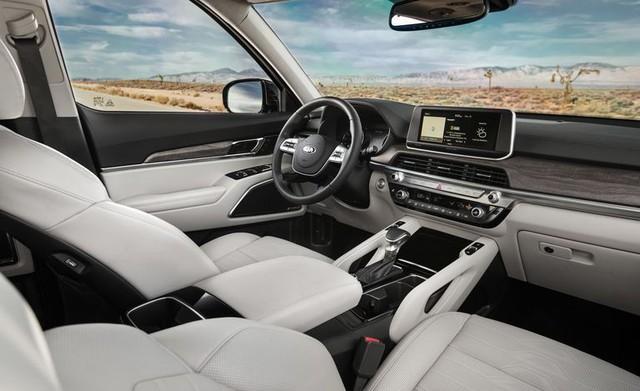 Đánh giá Kia Telluride: Đây là lý do Ford Explorer phải dè chừng đàn anh Sorento - Ảnh 10.