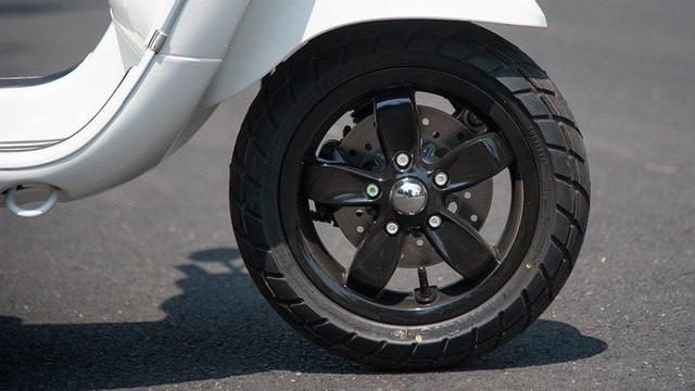 Thời tiết nắng nóng, áp suất lốp xe máy bao nhiêu là an toàn?
