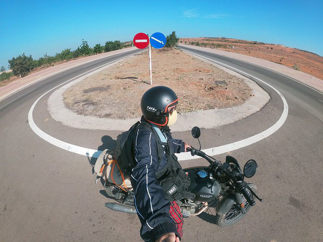 9x cùng câu chuyện độc hành xuyên Việt cùng chiếc xe máy: Đi thôi, để thấy Việt Nam mình thực sự xinh đẹp! - Ảnh 18.