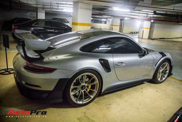 Porsche 911 GT2 RS với gói tuỳ chọn tiền tỷ ra biển trắng tại Sài Gòn, những con số gây chú ý - Ảnh 2.