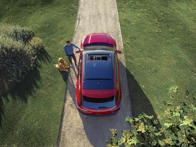 Ra mắt Ford Escape thế hệ mới: Quá nhiều chờ mong về Việt Nam để cạnh tranh Honda CR-V - Ảnh 6.