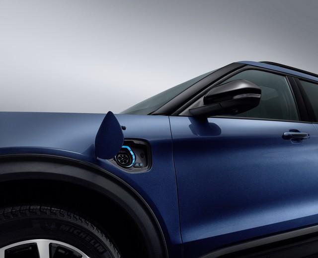 Ford dồn dập ra mắt các phiên bản mới của xe hot Explorer - Ảnh 3.