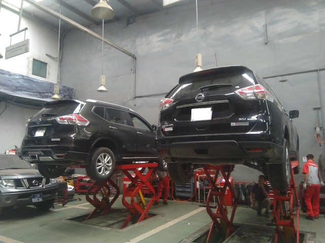 Nissan trả lời chính thức vụ việc X-Trail bị chảy dầu: Vết dầu loang là hiện tượng bình thường - Ảnh 1.