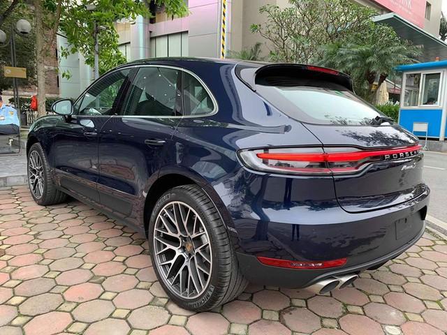 Porsche Macan 2019 đầu tiên cập bến Việt Nam, chủ nhân mạnh tay chi gần 1 tỷ tiền trang bị tùy chọn - Ảnh 1.