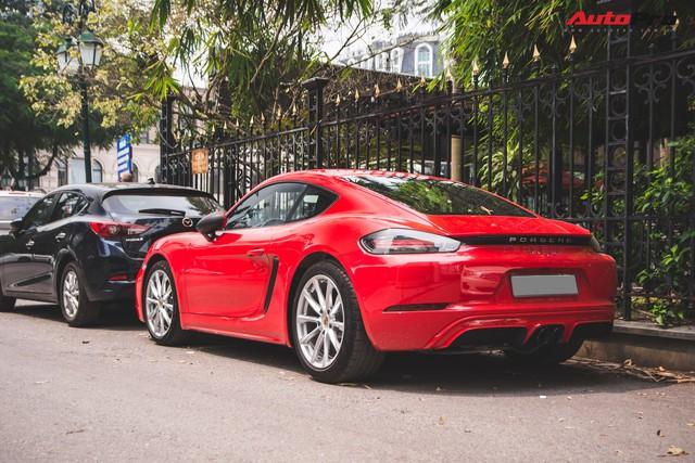 Đại gia Hà Nội chi cả chục triệu đồng chỉ để thay đổi một chi tiết nhỏ trên Porsche 718 Cayman mà ít ai ngờ tới - Ảnh 3.