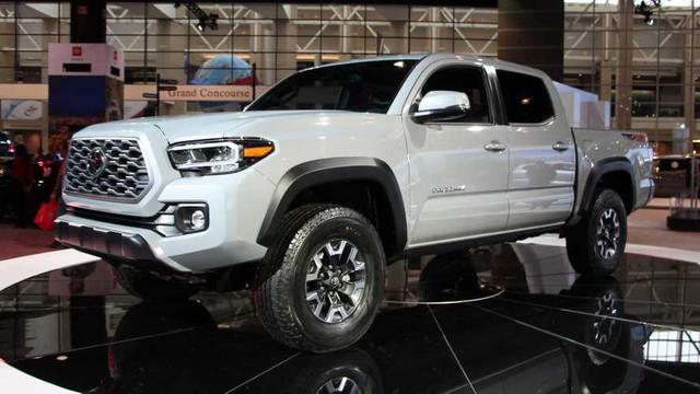 Toyota chuẩn bị đổi khung gầm Hilux, đồng bộ hóa với bán tải toàn cầu - Ảnh 1.