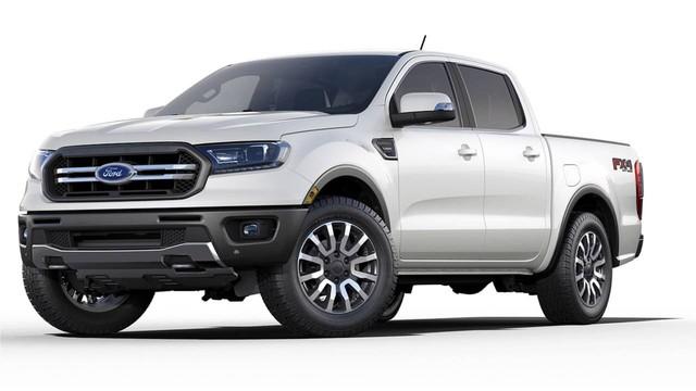 Chuyện lạ khó tin: Ford Ranger mới tinh về Bắc Mỹ bán không lại bán tải Nissan 15 tuổi - Ảnh 1.