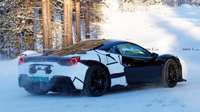Ferrari xác nhận có siêu xe mới, xếp trên cả 812 Superfast và ra mắt ngay tháng này - Ảnh 2.