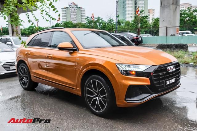 Audi Q8 của đại gia trẻ tuổi, khét tiếng tại Việt Nam chính thức lăn bánh ngoài phố - Ảnh 1.