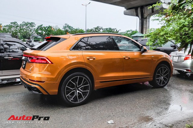 Audi Q8 của đại gia trẻ tuổi, khét tiếng tại Việt Nam chính thức lăn bánh ngoài phố - Ảnh 3.