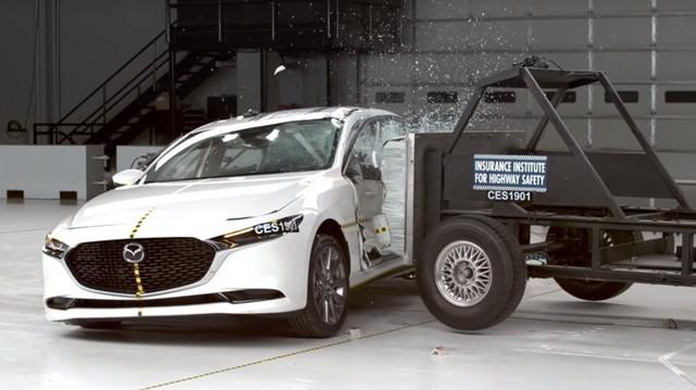 Đây là lý do mà người Việt càng thêm mong đợi Mazda3 mới