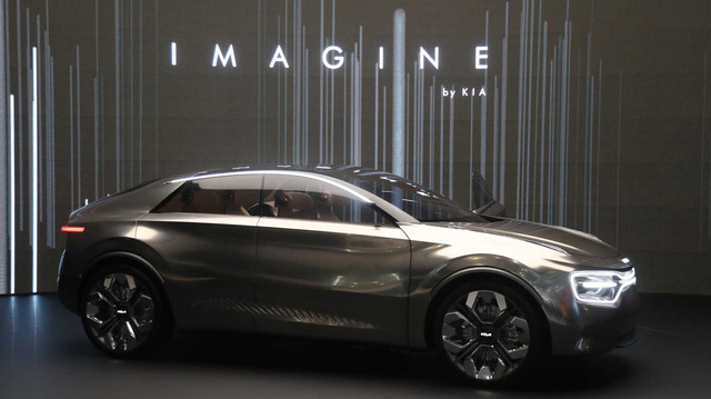 Kia bật đèn xanh cho Imagine Concept - SUV lai coupe đầu tiên tiệm cận hạng sang