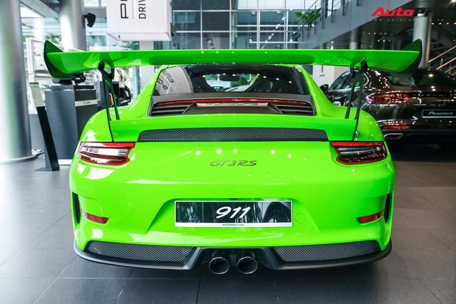 Cận cảnh hàng khủng Porsche 911 GT3 RS màu xanh lá độc nhất Việt Nam, sở hữu một trang bị đắt hơn cả Mitsubishi Xpander - Ảnh 5.