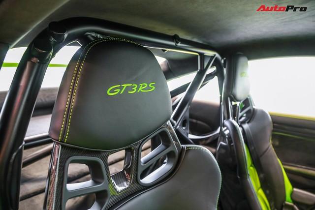 Cận cảnh hàng khủng Porsche 911 GT3 RS màu xanh lá độc nhất Việt Nam, sở hữu một trang bị đắt hơn cả Mitsubishi Xpander - Ảnh 12.