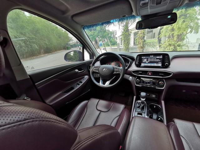 Người dùng so sánh Hyundai Santa Fe và Ford Everest máy dầu sau hơn 10.000 km sử dụng - Ảnh 6.