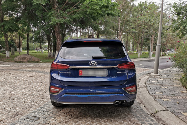 Người dùng so sánh Hyundai Santa Fe và Ford Everest máy dầu sau hơn 10.000 km sử dụng - Ảnh 9.