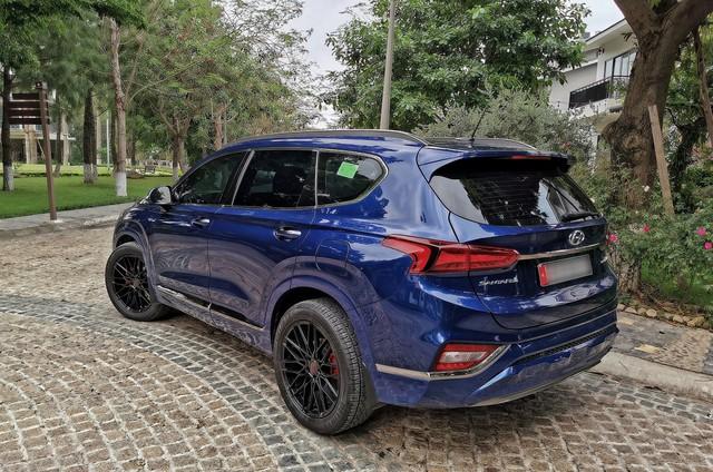 Người dùng so sánh Hyundai Santa Fe và Ford Everest máy dầu sau hơn 10.000 km sử dụng - Ảnh 3.