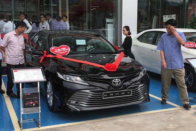 Toyota Corolla Altis vs Mazda3: Cuộc đua gay cấn về Việt Nam của hai 'bom tấn' - Ảnh 4.