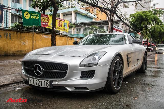 Tóm gọn Mercedes-Benz SLS AMG của ông Đặng Lê Nguyên Vũ khi trên đường về nhà riêng từ Đắk Lắk - Ảnh 6.