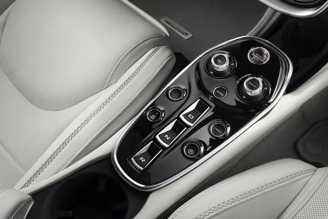 Ra mắt McLaren GT: Siêu xe thực dụng 612 mã lực, giá 210.000 USD - Ảnh 10.