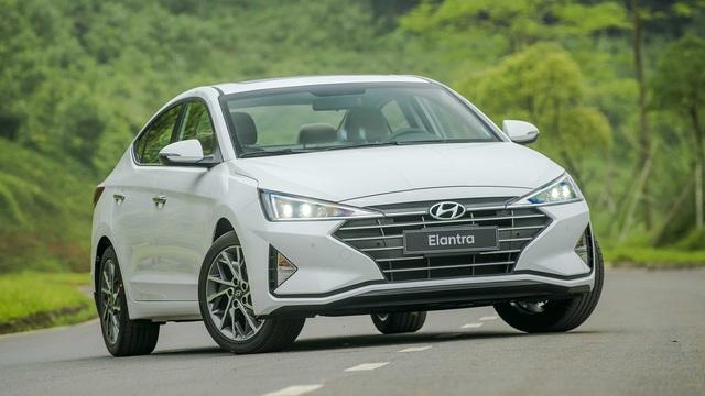 Toyota Altis, Mazda3 khép lại cuộc 'thay máu' sedan C tại Việt Nam năm 2019 - Ảnh 4.
