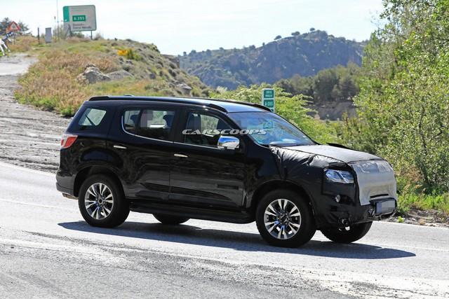Chevrolet Trailblazer bản nâng cấp chạy thử, có thể về Việt Nam trong tương lai - Ảnh 1.