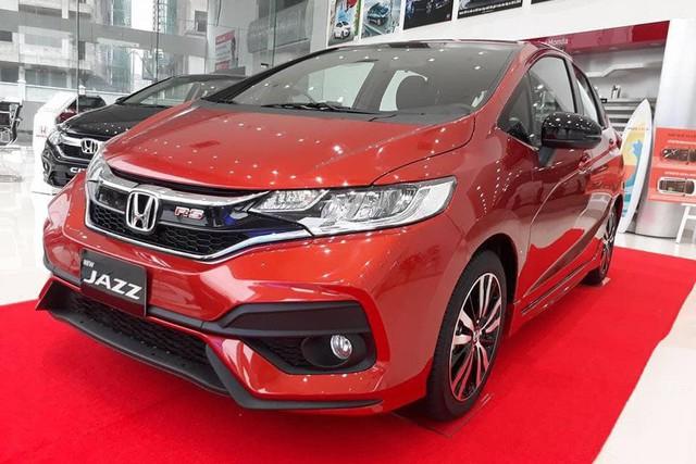Đại lý giảm sốc 100 triệu đồng cho Honda Jazz - Ảnh 1.