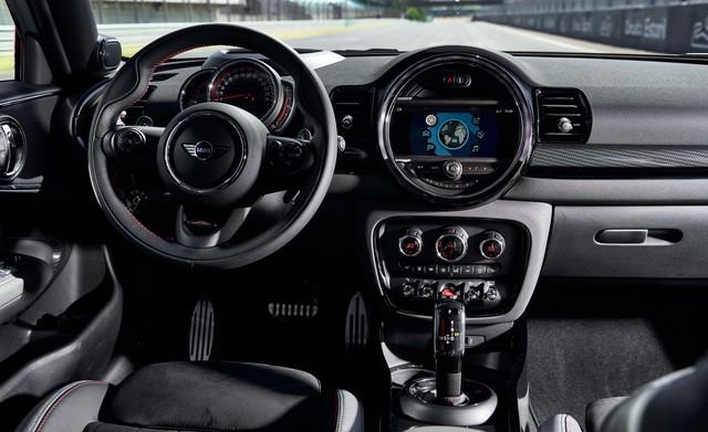 Lộ diện bộ đôi Mini Countryman và Clubman JCW 2020, công suất lên tới 301 mã lực - Ảnh 6.