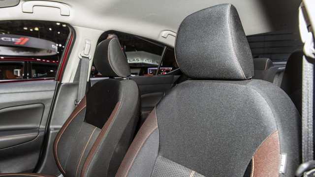 Ảnh thực tế Nissan Sunny thế hệ mới sắp về Việt Nam - Cạnh tranh Toyota Vios nhưng Hyundai Accent phải dè chừng - Ảnh 12.