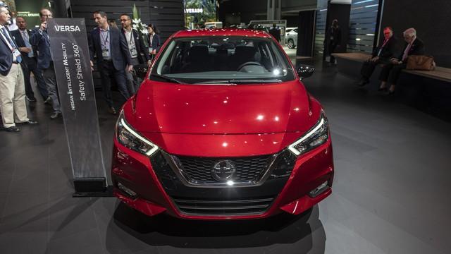 Nissan Sunny thế hệ mới chốt giá bán từ 14.730 USD - đối thủ đe dọa Toyota Vios và Hyundai Accent - Ảnh 1.
