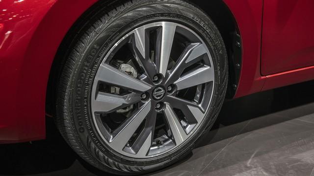 Ảnh thực tế Nissan Sunny thế hệ mới sắp về Việt Nam - Cạnh tranh Toyota Vios nhưng Hyundai Accent phải dè chừng - Ảnh 6.