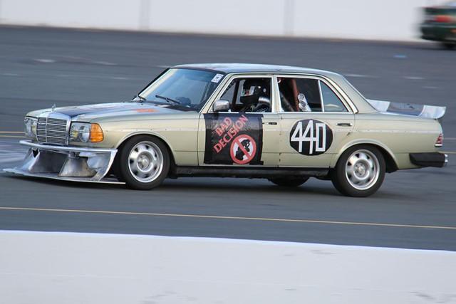 Giải đua kỳ dị nơi mỗi chiếc xe tham dự có giá không quá… 500 USD - Ảnh 6.